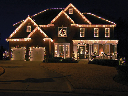 House Decorated For Christmas Houses Architecture