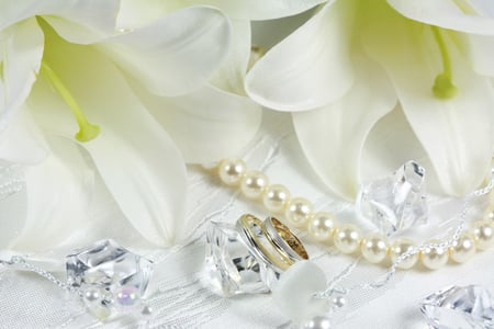 Wedding - harmony, cool, flowers, white, diamond, wedding, lace, beautiful, girly thing, gentle, bouquet, holiday, lily, pearls, nice, flower, romance, lilies, photography, elegant, rings