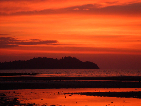 Long Beach Sunset - photo, red, sun, orange, sunset, thailand, sea, beach, water, island