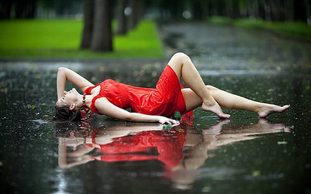 Rain reflection - beauty, water, rain, dress, woman, photography, lady, drops, red, photo, reflection