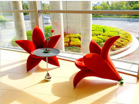 Hotel in China - table, red, window, china, chairs, garden, flower shape