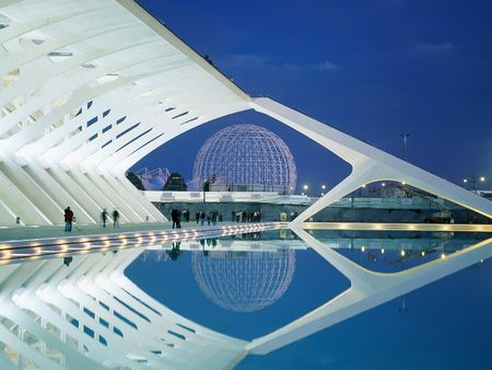 City of Arts and Sciences - Valencia, Spain - cool, cool and great definition, city-of-arts-and-sciences-valencia-spain, reflection, valencia, ciudad de las artes y de las ciencias, spain, city of arts and sciences