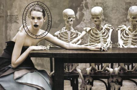 Evoluzione della specie 03 - elle italia, fashion, ruven afanador, kemp muhl, elle, skeloten, editorial
