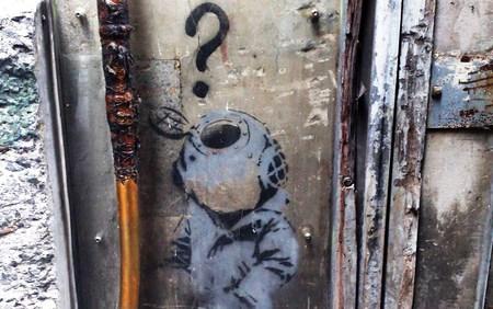 Banksy Little Diver - graffiti, banksy, art, diver, question, sydney