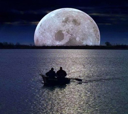 Neath the moon - full, ocean, boat, moon, men, reflection