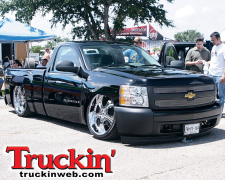 LOWERED CHEVY TRUCK   Show, Cool, Black, Chevrolet, Lowered, Slammed,