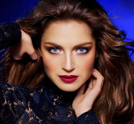 Amazing Woman - beauty, woman, blue eyes, female, red lips, brunette