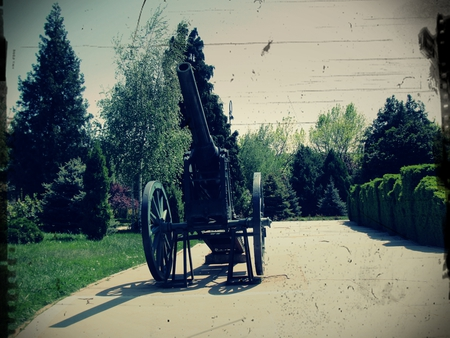 War cannon - war, photography, arhitecture, cannon, other