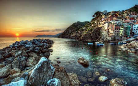 Riomaggiore,Italy - architecture, rocks, colorful, house, homes, sailing, riomaggiore, beautiful, sunset, cinque terre, sea, italia, boats, boat, splendor, beauty, reflection, italy, lovely, view, houses, sunlight, buildings, town, colors, viewpoint, peaceful, nature, coast