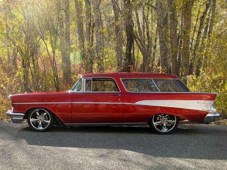 57' Chevy Nomad - chevy, white, nomad, hot, red, 57, custom, rod, hotrod, 1957, chevrolet