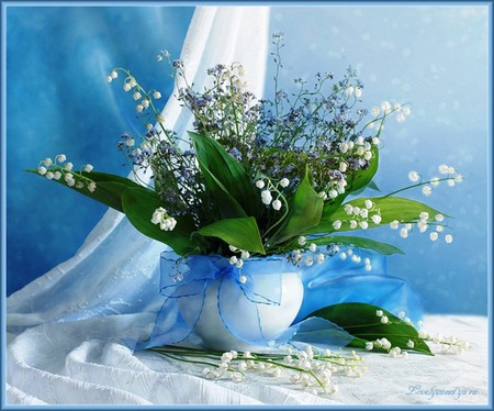 Still life - lily of the valley, spring flowers, vase, spring, still life, colorful table, elegance, flower, arrangement, beauty, color, nature