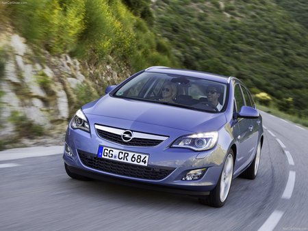 2011 Opel Astra Sports Tourer Other Cars Background Wallpapers