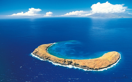 Beautiful Island - beautiful, blue, ocean, clouds, sky, island, iland, nature
