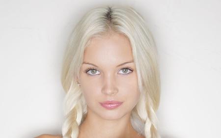 Sweet Blonde