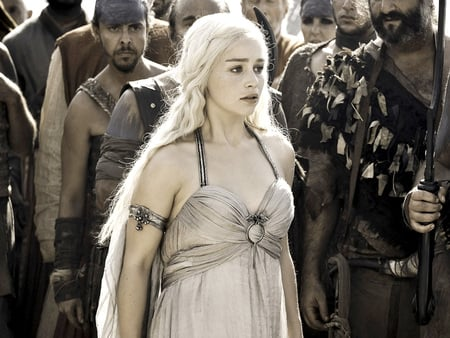 Daenerys Targaryen - british, game of thrones, emilia clarke, people, celebrity, entertainment, dress, actresses, beautiful, daenerys targaryen, tv series