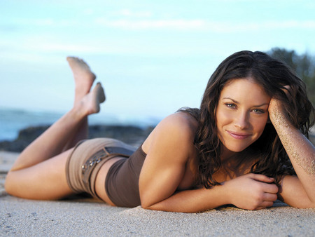 Untitled Wallpaper - smile, prone, canadian, evangeline lilly