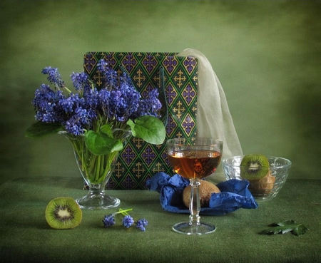Beautiful - wine, kiwi, bag, vase, silk, lupines, fruit, glass, shopping bag, decorated, green, flowers, wineglass, blue