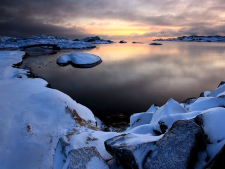 Snowy Norway - calm, snow, lake, norway
