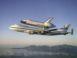 Piggyback-Space-Shuttle-Atlantis-and-Boeing-747