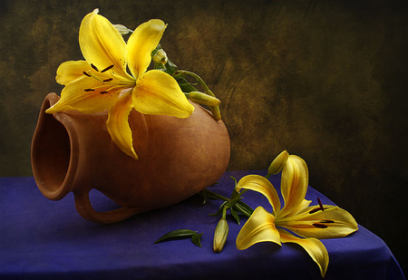 Still Life - lovely, beauty, yellow, lily, flowers, yellow flowers, romance, pretty, lilies, still life, floral, romantic, photography, petals, beautiful, nature