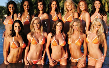 Hooters Girls - hot, hooters, hooters girls