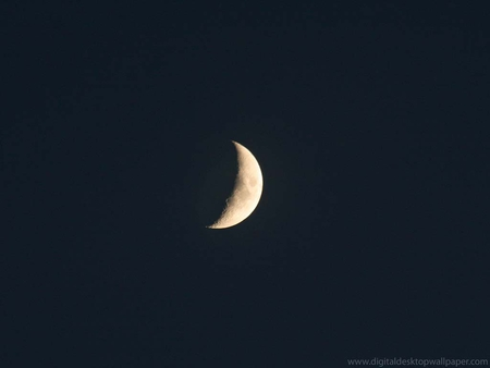 the eye of the sky - cresent, moon, sky, dark