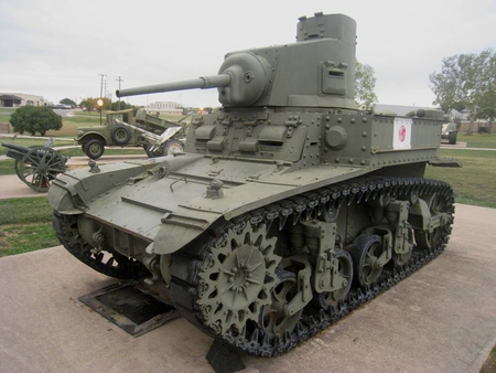M3-LIGHT-TANK STUART - m3, stuart, fort hood museum, light tank