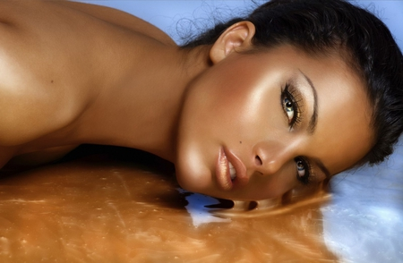 chocolate beauty - tanned, models, beauty, eyes