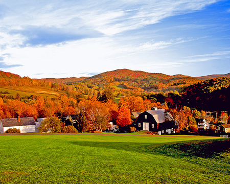 Fall Colors In Woodstock Vermont Fields Nature