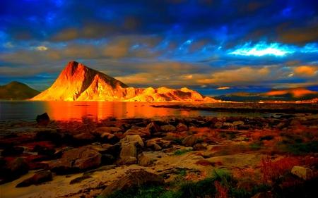 GOLDEN MOUNTAIN - lake, golden, sky, stones, mountain