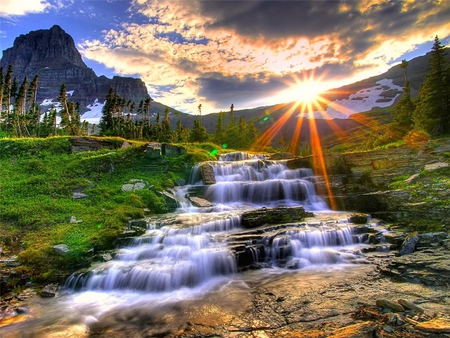Miracle Of Sunrise In The Mountains Mountains Nature Background