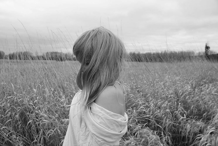 SUMMER BREEZE - beauty, woman, atmosphere, photography, bw, summer, feeling, moods