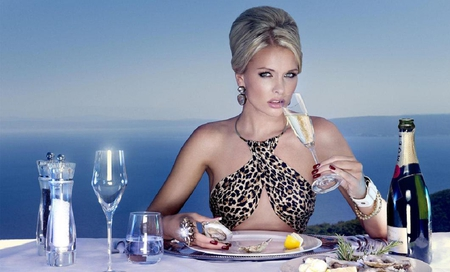 Dine with me - pretty, hd, beautiful, elegant, beach, photography, elegance, seductive, famous, beauty, glamour, table, glam, photo, babe, female, lovely, food, model, wine, girl women, sexy, hd wallpaper, body, popular, portrait