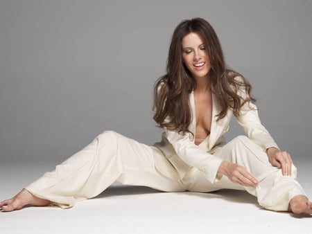Kate-Beckinsale - hot, picture, kate-beckinsale, in white