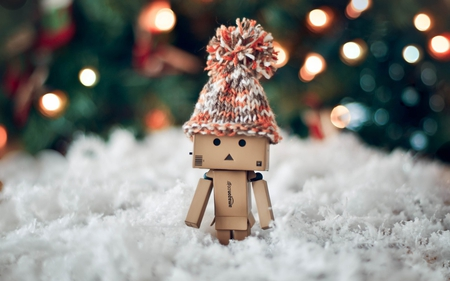 Danbo - snow, winter, robot, hat, danbo, box, cute