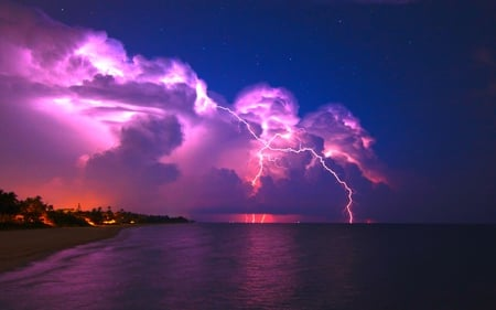 POWERFUL LIGHT - stars, sky, nature, beach, lightning