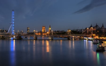 London Eye - architecture, thames, london eye, monuments, england, beautiful, sky, clouds, lights, london, nature, big ben, rivers, night