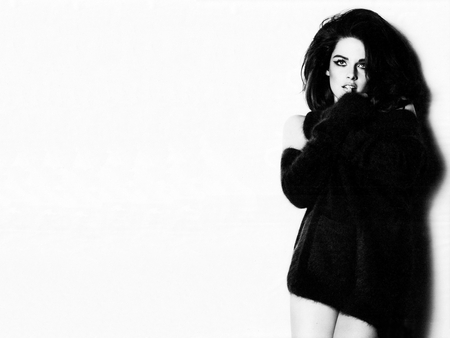Kristen Stewart - kristen stewart, sweater, black and white, kristen, stewart