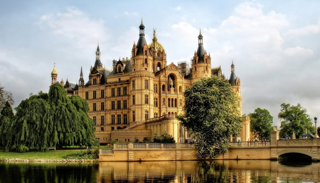 Castle Perfection - architecture, pretty, german, house, schweriner, home, beautiful, trees, lake, tower, schloss, schwerin, classic, castle