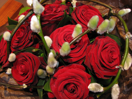 Spring full of passion - fresh, special, fashion, entertainment, wonderful, gorgeous, roses, red, together, bouquet, pasion, precious, spring, forever, unique, arrangement