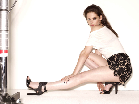 Kristen Stewart - dress, brown, bella, beautiful, twilight, swan, woman, hair, hot, face, babe, legs, skirt, sexy, heels, lips, stewart, brunette, girl, feet, lady, kristen, eyes