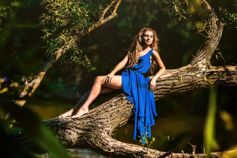 https://cache.desktopnexus.com/wallpapers/2428/2428414-3000x2000-blue-dress.jpg?st=EAeM9Gm1V6Dw7WWoeDU_GQ&e=1608471704